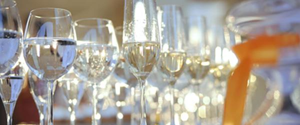 シャンパーニュの魅力発掘、グラスの選び方